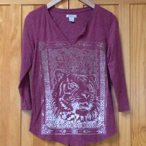 Lucky Brand Rusty Red Gold Tone Stud Tiger Tee M